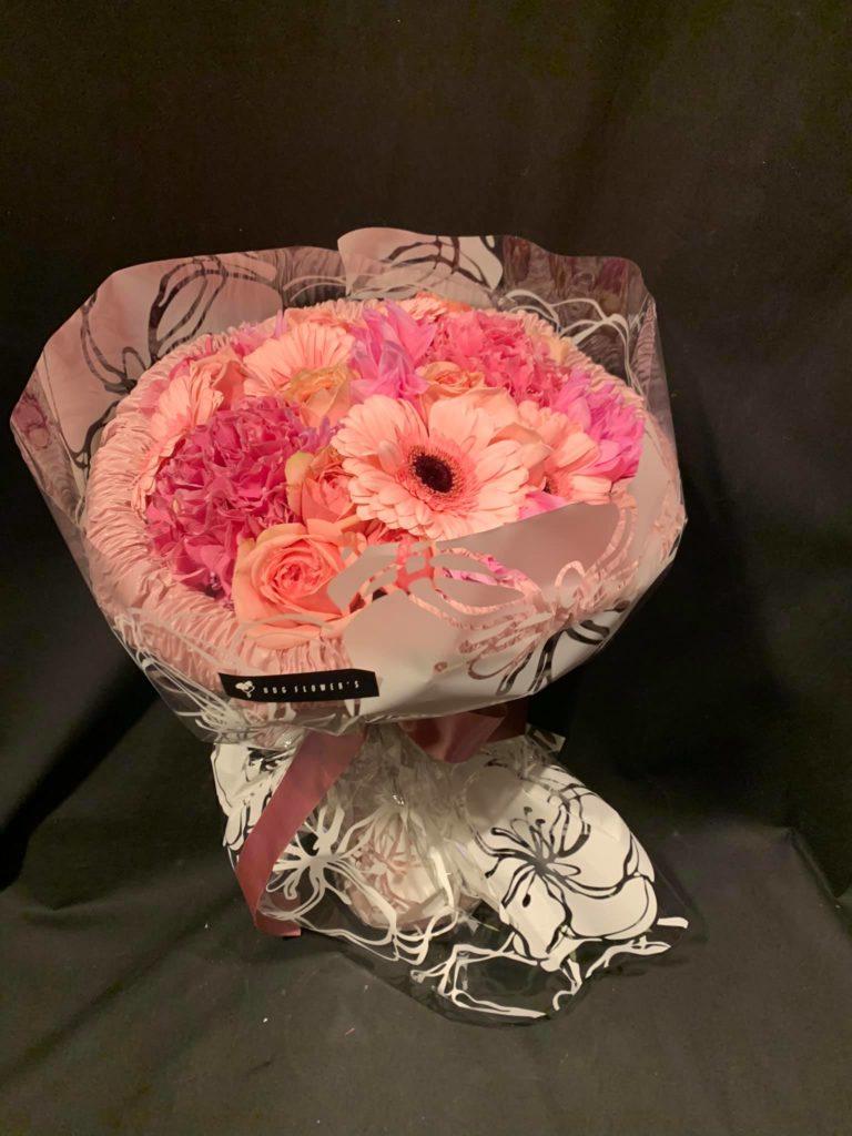 meLL flowers メルフラワーズ 札幌南区の花屋 花のディスプレイが綺麗